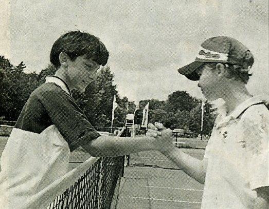 Sieger AK IV 1996: M. John (l.) gegen Chr. Schuchardt TC Cottbus